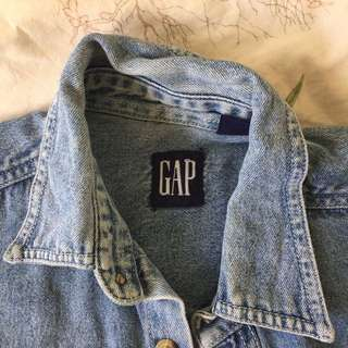 GAP DENIM SHORT SLEEVE SHIRT