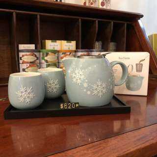 Tea Forte Limited Edition Snowflakes Tea Set (tray not included)
