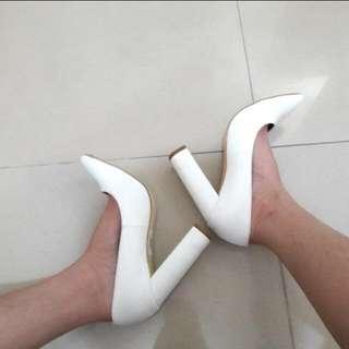 White block shoes