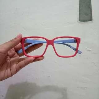 Red n blue glasses