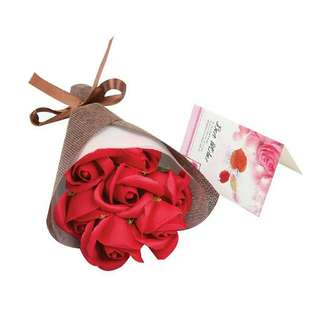 *FREE DELIVERY to WM only / Ready stock*      Soap flower 7pcs bouquet each as shown design/color red , champagne.  Free delivery is applied for this item.