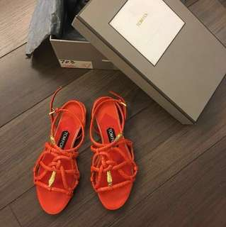 三折 Tom Ford Snakeskin Sandals in Coral