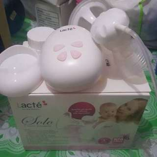 Single breast pump auto.