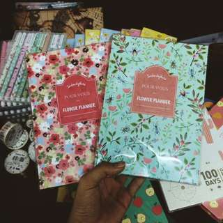 PLANNERS AND HAPPY PENS