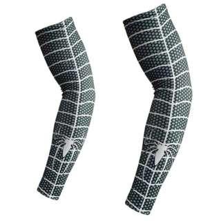 Avenger arm sleeves socks