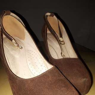 High Heels Yongki Komaladi Coklat Preloved/Second