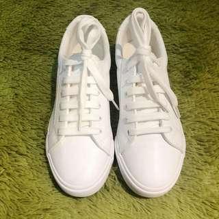 韓國百搭女裝白鞋