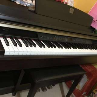 Yamaha digital piano 數碼鋼琴 CLP 240