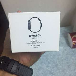 Apple watch 42 mm series 3