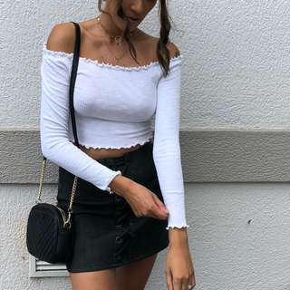 〰️ Windsor store - white off shoulder top