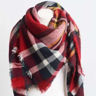 SOFT RED PLAID BLANKET SCARF