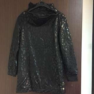 Veeko 百貨專櫃女裝 高領 套頭 造型 長袖上衣 黑圓點 #舊愛換新歡