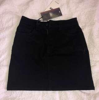 LEE denim black skirt BRAND NEW