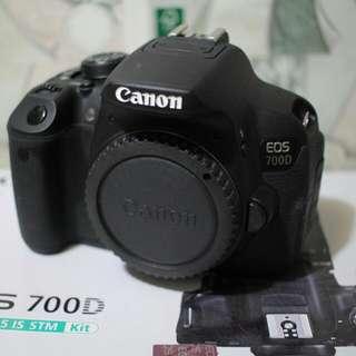 canon 700D lens 18-55mm