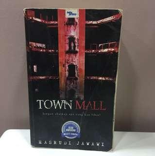 Town Mall oleh Hasrudi Jawawi