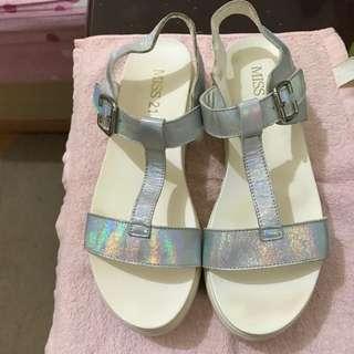 雷射個性厚底涼鞋/楔型鞋
