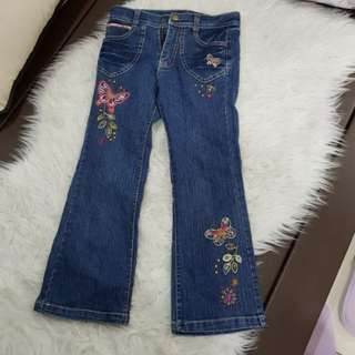 Girl's Long Embroidered Jeans (size:6)