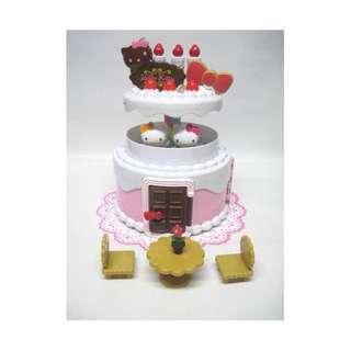 Sanrio Hello Kitty & Mimmy Birthday Cake House – new! (slightly damaged box)