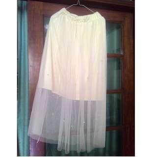 rok warna cream