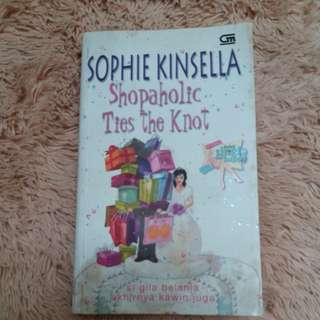 Novel bekas chicklit by sophie kinsella