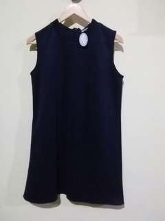 NEW Top Sleeveles Navy Blue