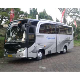 Sewa mobil wisata murah di Jakarta, Medium Bus (27-35 seats), nyaman dan berkualitas.