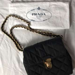 Authentic PRADA crossbody/shoulder bag