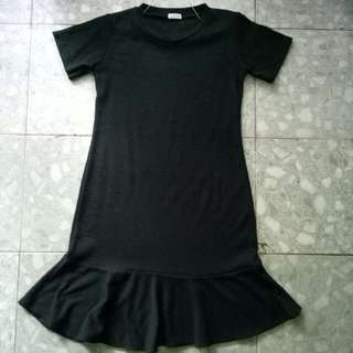 dress hitam street