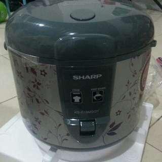 Rice Cooker Sharp.