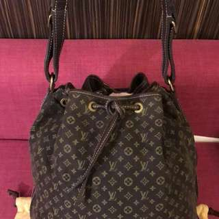 Lv handbag  with dustbag