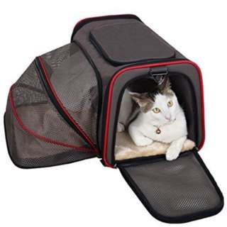 Expandable airline approved soft pet bag