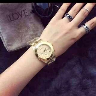 Authentic Marc jacobs watch, inclucion box, paper bag, manual.
