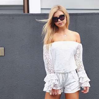 TWO PIECE LACE SHORTS AND TOP
