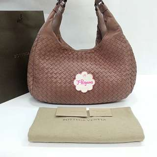 Authentic Bottega Veneta Intrecciato Nappa Leather Campana Medium Bag  {{ Only For Sale }} ** No Trade ** {{ Fixed Price Non-Neg }} ** 定价 **