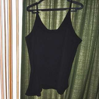 gtw black sleeveless top