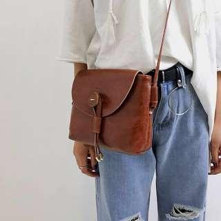 [instock] brown retro / vintage shoulder sling bag