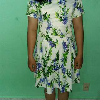 Dress/terussan motif bunga