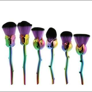 Roses Brush Set