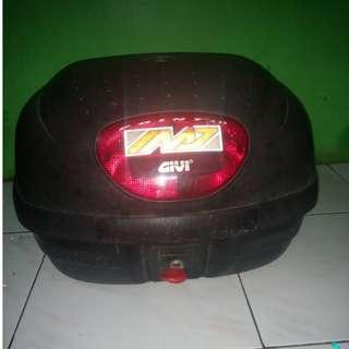 Box Motor Givi E33