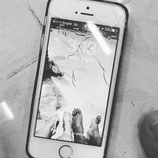 Promo 15% OFF!! Doorstep Repair iphone Crack LCD on The Spot 15min