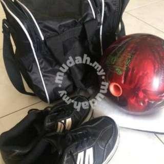 Bowling ball and racket untuk di lepaskan