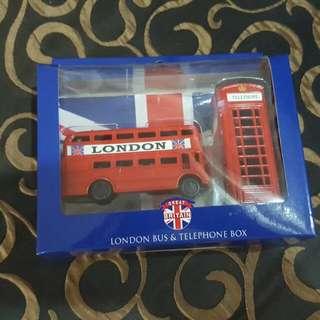London bus n phone