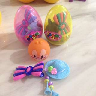Surprise eggs with Tsum Tsum toys and haor accessories