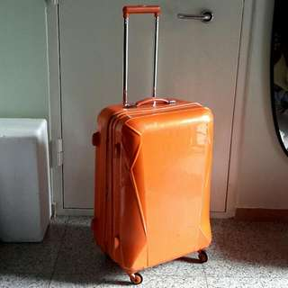 "(On HOLD) Hush Puppies 26"" 4 Wheels Spin Luggage Bag"