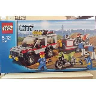 Lego 4433 City 城市系列 Dirt Bike Transporter (100%靚盒)