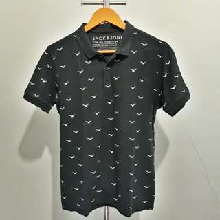 Pattern Polo Shirt • Size S men • Rp. 60.000