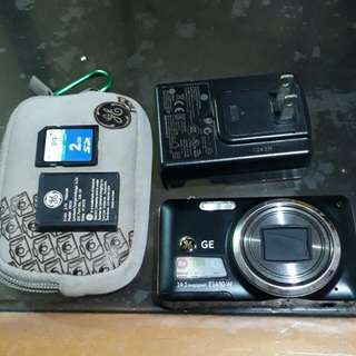 2nd Hand GE Super Zoom Digital Camera E1680w