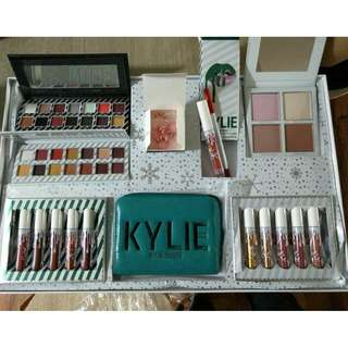 KYLIE Xmas Edition Set.