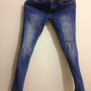 Jeans size 27-28