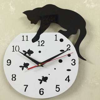 Jam Dinding Model Kucing